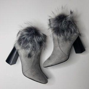 Cape Robbin Bernice 2 Suede Boot Grey Fur Size 9